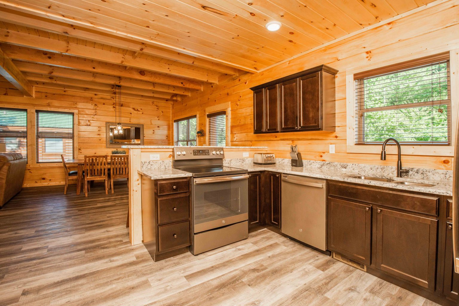 Cabin Kitchen Cleaning Services