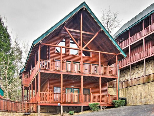 Take it Easy Cabin in Pigeon Forge, TN