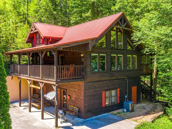Three's Company Cabin in Pigeon Forge TN